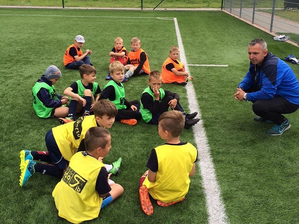 OKS Prawobrzeże - treningi piłki nożnej dla dzieci (Szczecin Prawobrzeże)